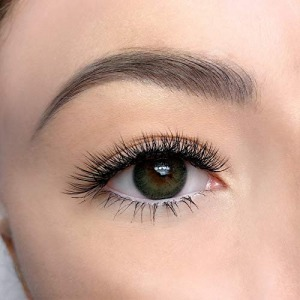 Individual Lashes Retouch