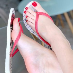 Serenity Ultimate Pedicure with Gel Polish